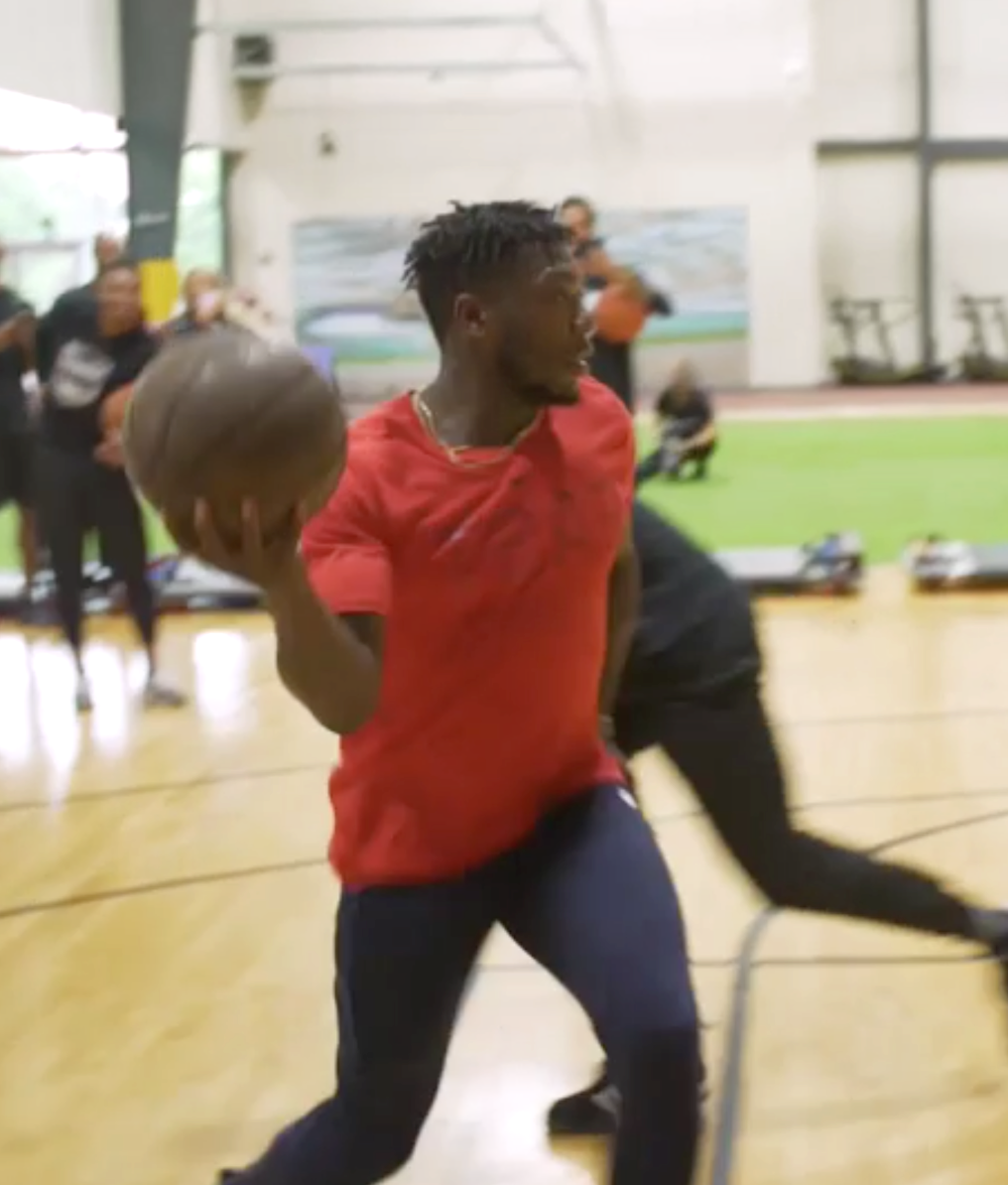 VIDEO: Ochocinco needs to protect his ankles on the court versus Nate Robinson