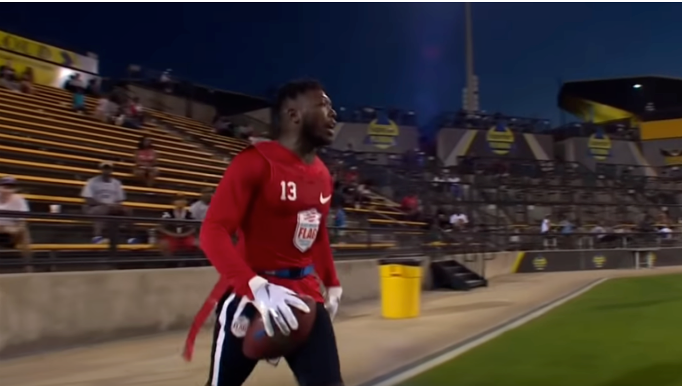 THREE-TIME SLAM DUNK CHAMP NATE ROBINSON SHOWS HE STILL HAS BOUNCE IN FLAG FOOTBALL LEAGUE